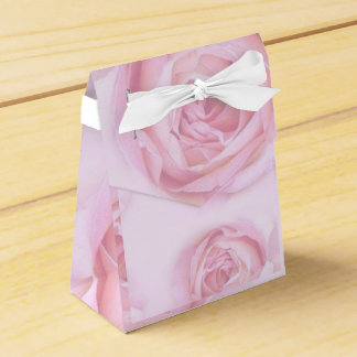 Tent with pink roses party favor boxes