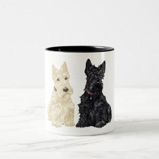 Terriers écossais blonds comme les blés et noirs mug bicolore