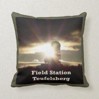 Teufelsberg, BERLIN Throw Pillow