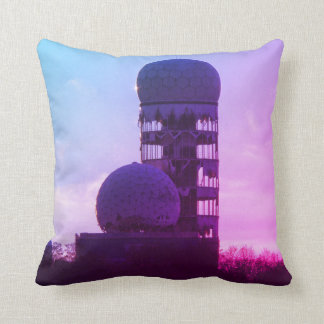 Teufelsberg, BERLIN Throw Pillow