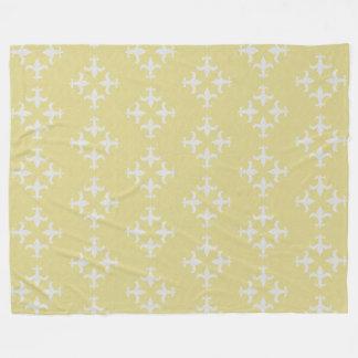 Textured Fleur de lis Pattern Fleece Blanket