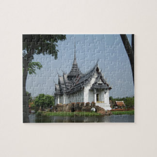 Thailand temple puzzle