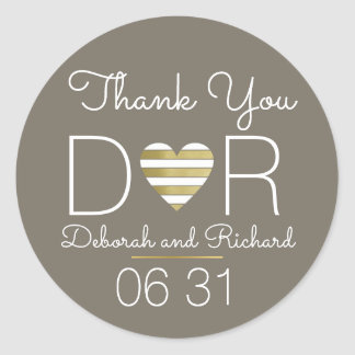 thank you . love heart . romantic wedding favor classic round sticker