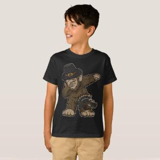 Thanksgiving Dabbing Bigfoot and Turkey T-Shirt