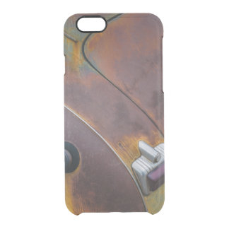 The beauty of texture of an aged vintage car clear iPhone 6/6S case