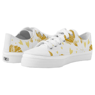 The beginning of spring or a reminder of autumn Low-Top sneakers