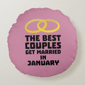 The Best Couples in JANUARY Z00xc Round Pillow