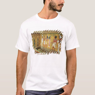 The burial chamber in the Tomb of Tutankhamun T-Shirt