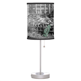THE CHICAGO WAY ANGRY MOTORIST COLORSPLASH ANTIQUE TABLE LAMP