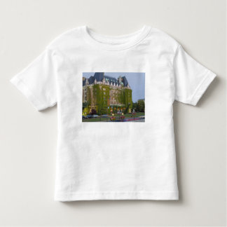 The Empress Hotel at the inner harbour in Shirts