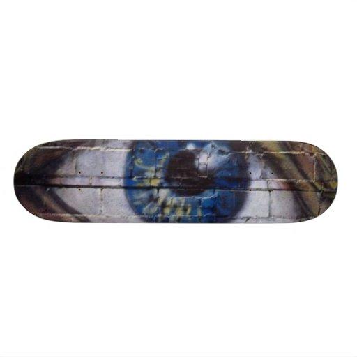 The eye looks at - custom skate board