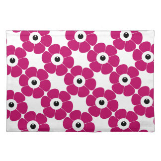 the eye of the pink flower placemat