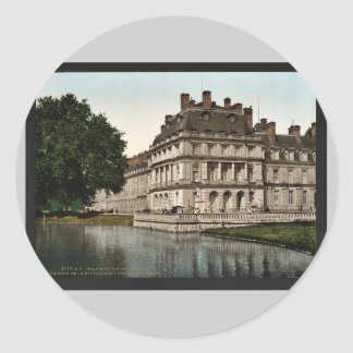 The fountain and carp's Pond, Fontainebleau Palace Classic Round Sticker