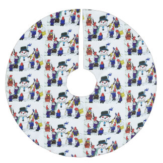 THE GNOMES BUILD A SNOWMAN tree skirt