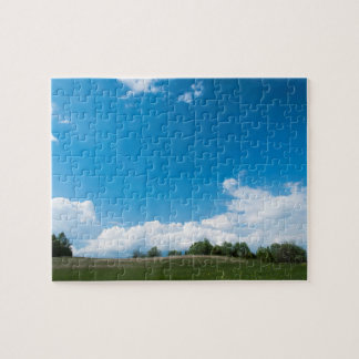 The green hill and the blue sky jigsaw puzzle