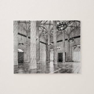 The Hall of Columns in Valencia Jigsaw Puzzle
