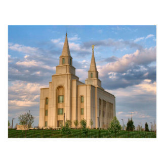 The Kansas City Missouri LDS Temple Postcard