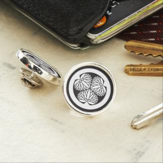 The Kii mallow Lapel Pin
