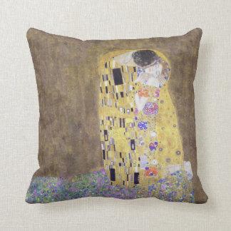 The Kiss by Gustav Klimt v2 American MoJo Pillows