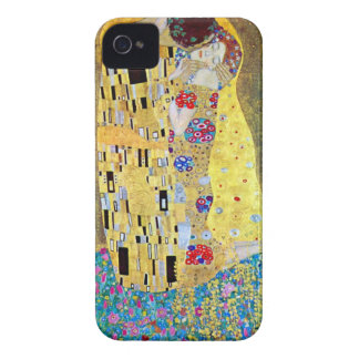 The Kiss (original Der Kuss) by Gustav Klimt iPhone 4 Cases