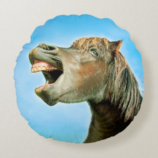 The laughing horse round pillow