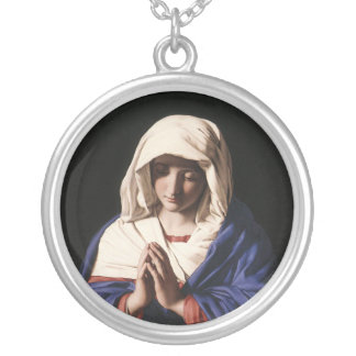 The Madonna necklace