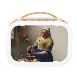 THE MILKMAID LUNCH BOX