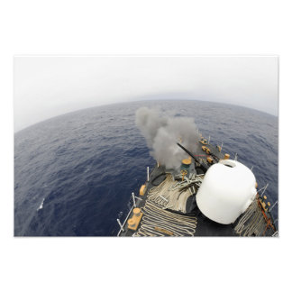 The MK-75 76mm cannon Photograph