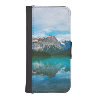 The Moutains and Blue Water iPhone SE/5/5s Wallet Case
