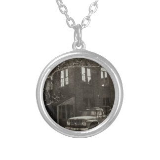 The old factory silver plated necklace
