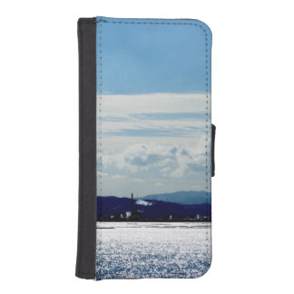 The other side nearby industrial district which is iPhone SE/5/5s wallet case