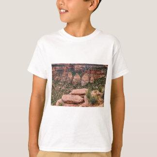 The Ovens Rock Formation Western Landscape T-Shirt