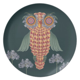 The Owl of wisdom and flowers Plate