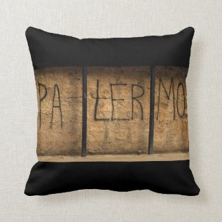 The Palermo Pillow
