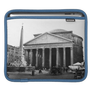 The Pantheon in Rome, Italy iPad Sleeve