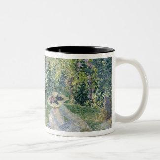The Picnic, 1903 Two-Tone Mug