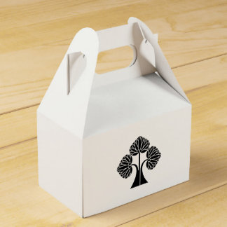 The right it leaves and stands the mallow favor box