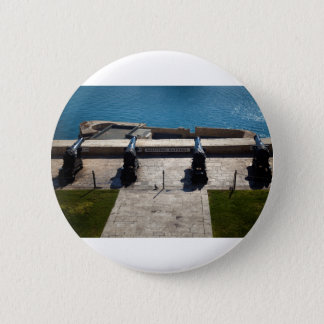 The saluting battery 2 inch round button