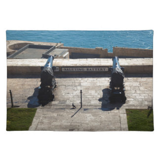 The saluting battery placemat