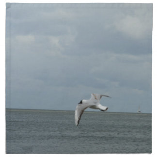 The sea gull and the sea napkins