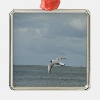 The sea gull and the sea Silver-Colored square ornament
