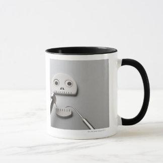 The skeleton which dental treatment is taken mug