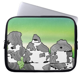 The three sisters BLUE MOUNTAINS AUSTRALIIA Laptop Sleeve