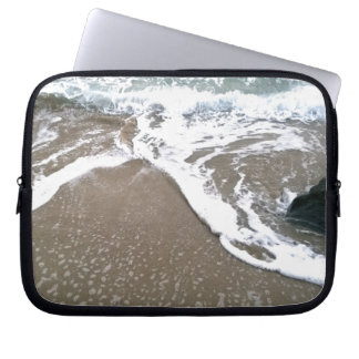 The Tide Washing Ashore Over the Rocks Laptop Sleeves