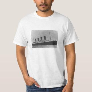 the titanic T-Shirt