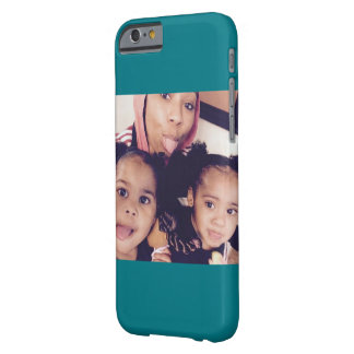 The twins and aunt barely there iPhone 6 case