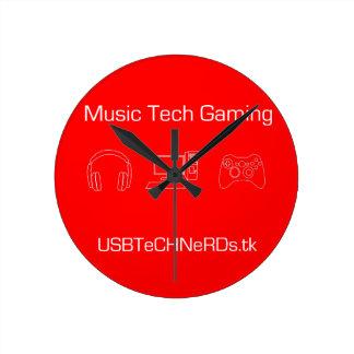 THE-USB TeCH NeRDs Wall Clock