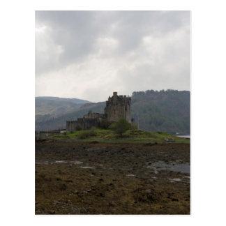 The wonderful Eilean Donan Castle in Scotland Postcard
