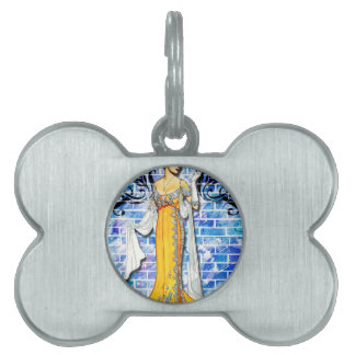 THE YELLOW GOWN PET TAG