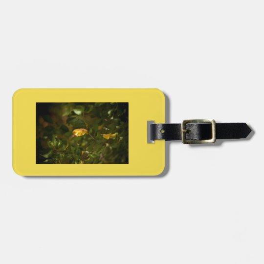 The yellow leaf luggage tag